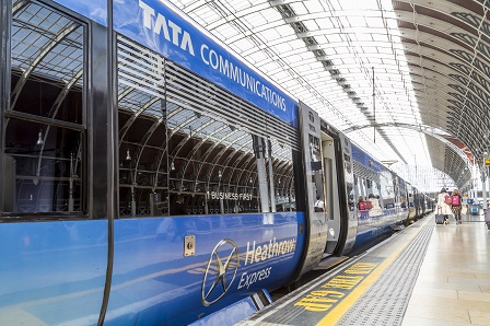 Heathrow Express at London Paddington1web